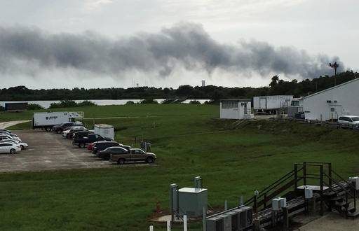 Launch pad blast destroys SpaceX rocket, Facebook satellite