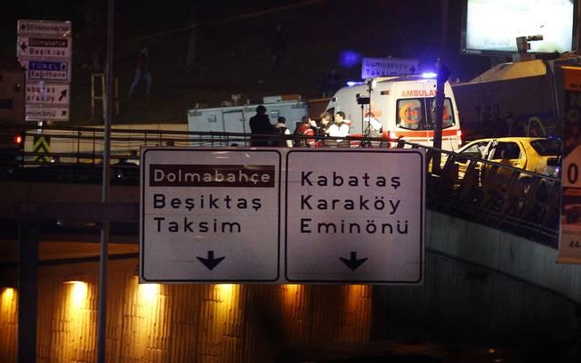 Twin bomb attack strikes police near Istanbul stadium