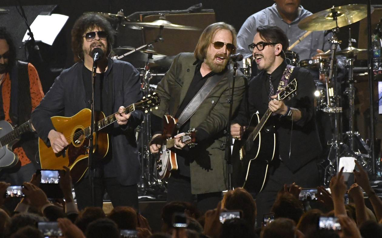 Tom Petty got his band the Heartbreakers back together for a high-class gig to launch Grammy weekend. Foo Fighters, Don Henley, Norah Jones, Gary Clark Jr., Jackson Browne, the Head and the Heart and George Strait were among those honoring the 66-year-old singer-songwriter as MusiCares Person of the Year on Friday night. ...