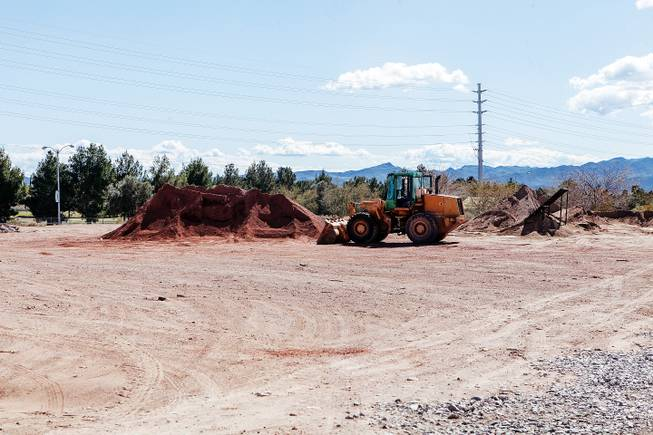 As many as 200 homes could be built on city land now for sale near the Boulder Creek Golf Course.