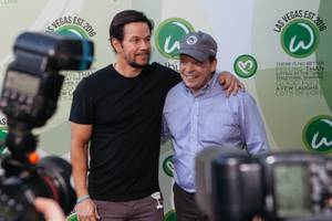 Opening of Wahlburgers