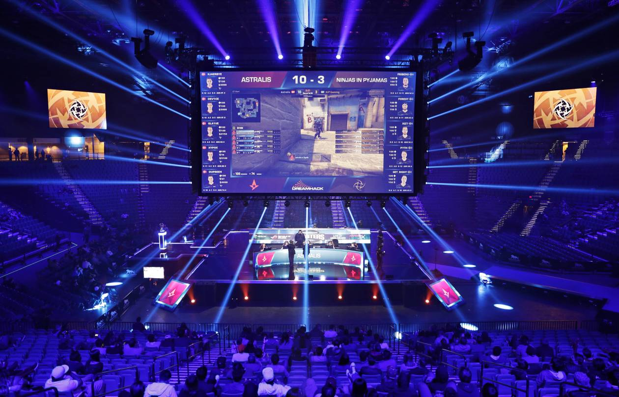 Las Vegas will be getting its second e-sports arena soon, in the space once occupied by the now-closed LAX nightclub at Luxor, according to an announcement Tuesday from Allied Esports, the company developing the facility.