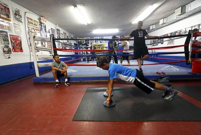 Boxing vs  MMA: Which sport reigns in Las Vegas? - Las Vegas