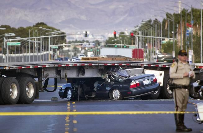 Las Vegas Car Accident >> Car Wedged Under Semitrailer In Las Vegas Car Accident Near