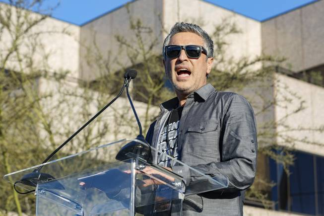 CNN dumps Reza Aslan after he called Trump a 'piece of s---'