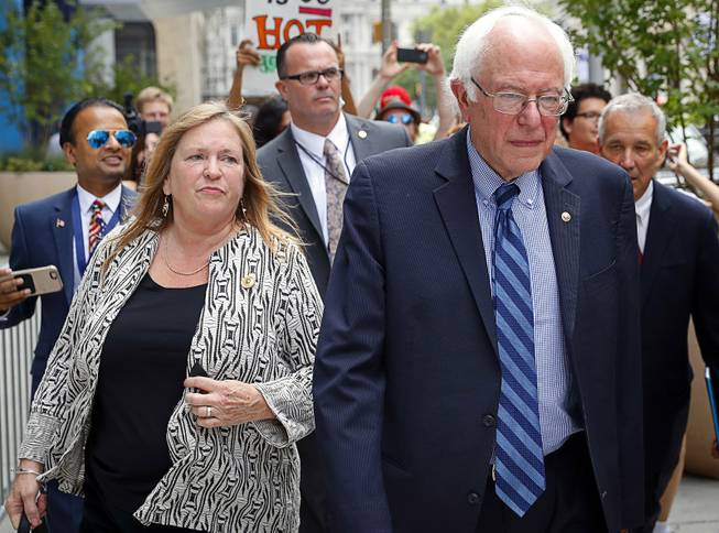 Bernie and Jane Sanders Lawyer Up Amid Burlington College Investigation
