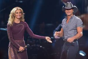 Tim McGraw and Faith Hill perform in concert at T-Mobile Arena during their Soul 2 Soul tour, Thursday, July 1, 2017