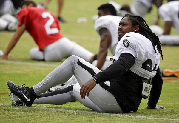 Marshawn Mania In Wine Country: Lynch Big Hit With Raiders