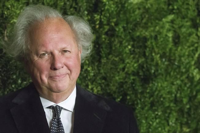 Graydon Carter to end 25-year run as editor at Vanity Fair