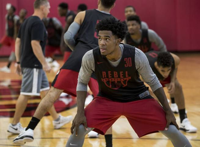 With senior backcourt in place, UNLV setting sights on return to NCAA tournament