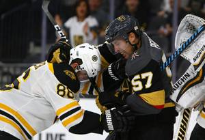 Golden Knights Defeat Boston Bruins