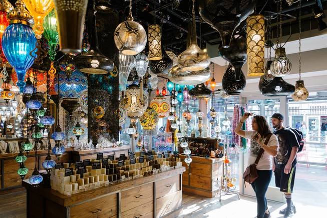 15e1faa20e24 Stores galore! A shopping season guide to Las Vegas retailers - Las ...