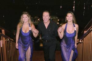 David Cassidy is escorted to a news conference by two ...