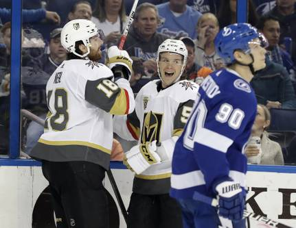 Golden Knights Sweep Season Series With 4-1 Win Over Lightning