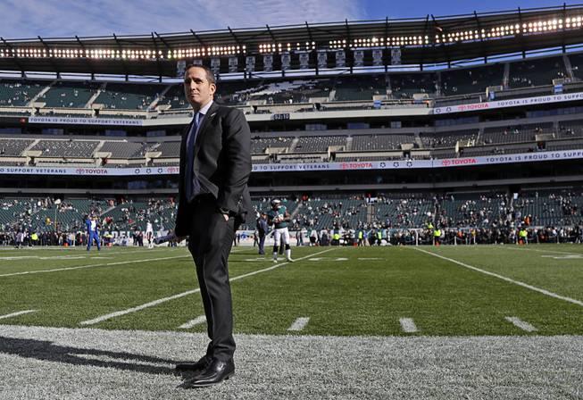 Eagles QB Carson Wentz led all player merchandize sales in 2017