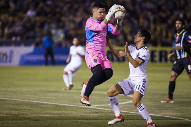 LV Lights goalie goes from Rancho High to pro ranks in two