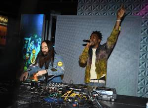 Desiigner and Steve Aoki celebrate the unveiling of his own ...