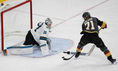 The Golden Knights, who swept the LA Kings in Round 1 of the Stanley Cup playoffs, weren't the only team to advance unscathed. The San Jose Sharks, the Golden Knights' Western Conference semifinal opponent, also needed just four games to dispatch the Anaheim Ducks.