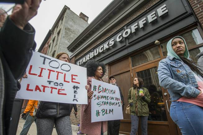 Starbucks to shut 8000 United States  stores for an afternoon in May