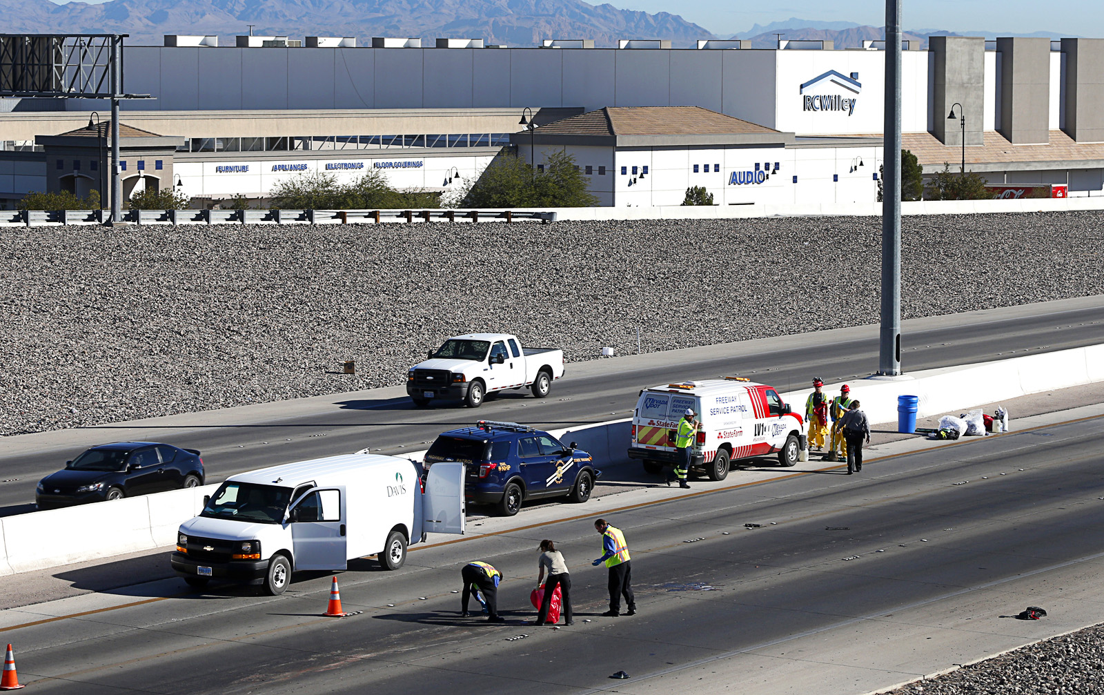 Photograph : Girl Killed in Fatal Accident on I-215 -