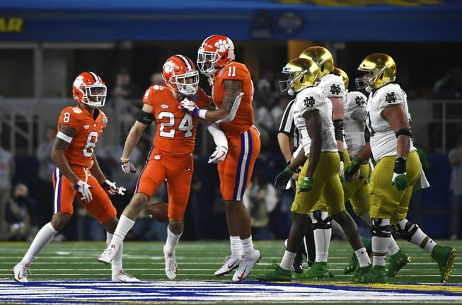 Clemson wins Cotton Bowl