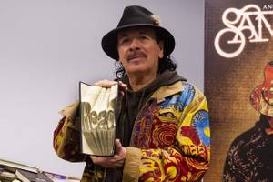 Carlos Santana Donates to Spread the Word Nevada
