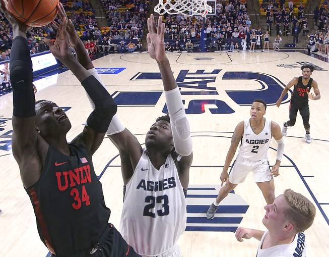 Live Blog: Rebels Blown Out At Utah State, 82-65