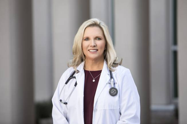 Dr. Tracy Wakefield