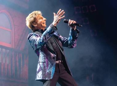 Barry Manilow gifted $100,000 worth of new band gear to a North Carolina high school in an area still recovering from Hurricane Florence ...