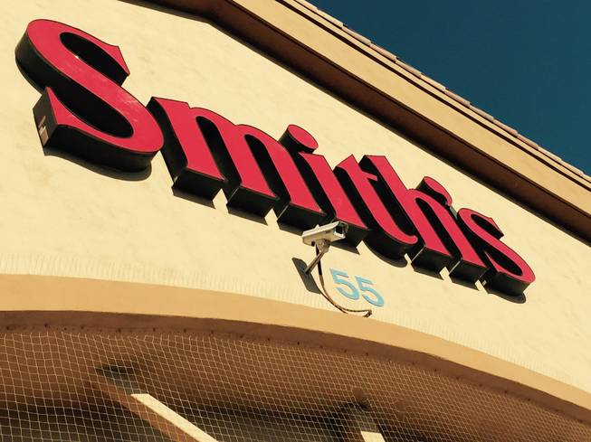 Smith's to quit accepting Visa credit cards