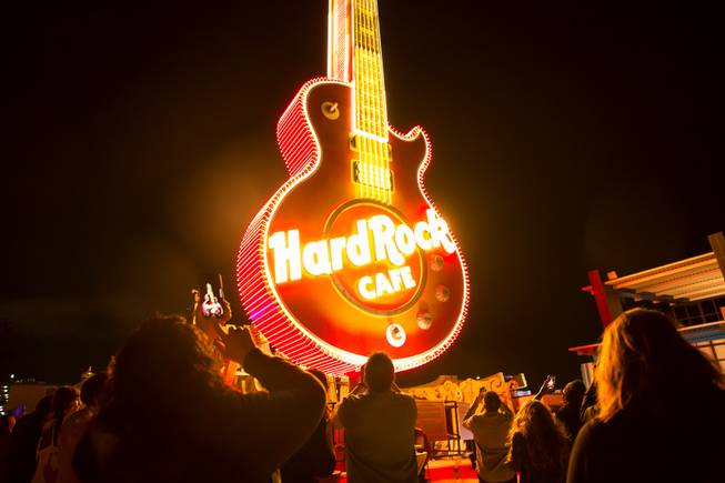 Photograph : Hard Rock Cafe Guitar Sign Lighting at Neon