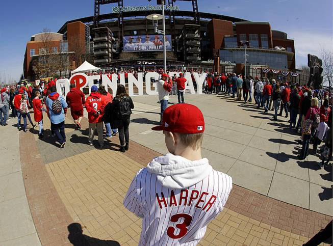 564f298a Bryce Harper a hit without connecting as Phils win debut - Las Vegas ...