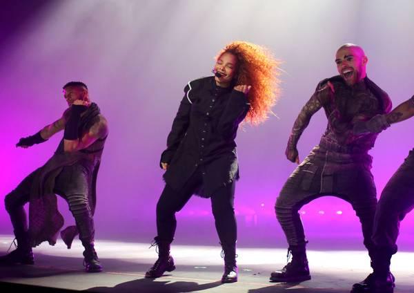 Weekend Rewind: Janet Jackson, Queen Latifah, Gabrielle Union, Wayne Newton and more