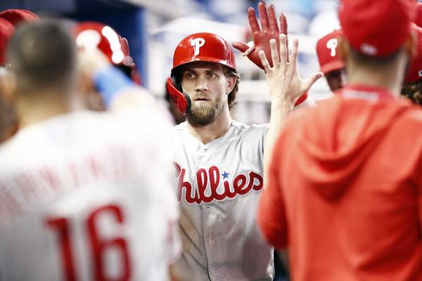 Vegas Play of the Day: Padres at Phillies