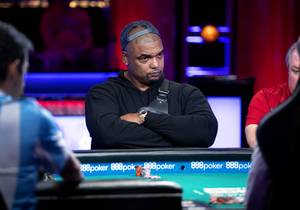 Richard Seymour, a former NFL defensive tackle, plays at a featured table during Day 5 of the World Series of Poker Main Event at the Rio Wednesday, July 10, 2019.